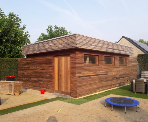 Timmer en schrijnwerken meubilair upwards verhuizingen gevelbekleding tuinhuis